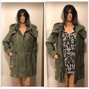 GAP Army green parka jacket